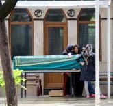 AVM'de Öldürülen Afgan Genç Son Yolculuğuna Uğurlandı