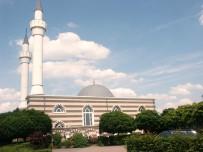 İKINCI DÜNYA SAVAŞı - 'Belçika'da Camiye Gidenler Fişleniyor'