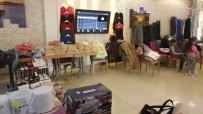 Bolvadin'de 'Hayır Çarşısı' Açıldı