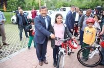 ÇOCUK TİYATROSU - Darıcalı Öğrenciler Bisikletlerine Kavuştu