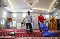 CAMİİ - Döşemealtı'nda Camiler Ramazana Hazırlanıyor