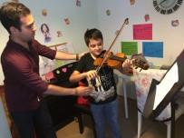 YETKINLIK - GKV'liler Olten Filarmoni Orkestrası Konserinde