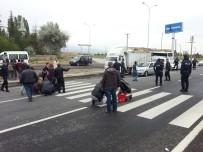 Niğde'de Trafik Kazası Açıklaması 3 Yaralı