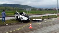 Sivas'ta Otomobil Elektrik Direğine Çarptı Açıklaması 2 Ölü, 4 Yaralı