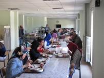 ALI ÖZDEMIR - TEOG'da Dereceye Giren Öğrencilere Yemek İkramı
