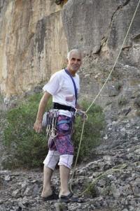 Tırmanış Sırasında Düşerek Ölen Dağcıya 3 Gün Sonra Ulaşıldı