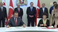 GÜRCISTAN - Türkiye-Gürcistan Arasında İmzalar Atıldı