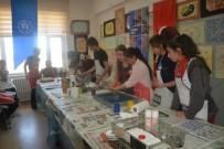 İLETİŞİM FAKÜLTESİ - Üniversite Öğrencilerinden Ortaokul  Öğrencilerine 'Kendini Keşfet' Projesi