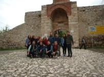 Zile Tarihi Ve Doğal Güzellikleriyle Turistlerin İlgisini Çekiyor