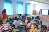Afyonkarahisar Gençlik Merkezi Salar İlkokulu'nda Öğrencilerle Bir Araya Geldi