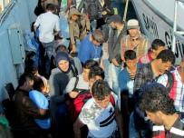 ALÜMİNYUM - Çeşme'de 58 Sığınmacı Yakalandı