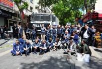 AÇLIK GREVİ - CHP'li Vekiller Oturma Eylemine Başladı