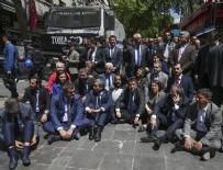 NECATI YıLMAZ - CHP'li vekillerin oturma eylemi sona erdi