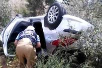 ZEYTINLIK - Direksiyon Hakimiyetini Kaybeden Otomobil Zeytinlik Alana Uçtu Açıklaması 1 Ölü