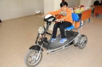FEN BILGISI - Engelli Ve Yaşlılar İçin Atık Malzemeden Elektrikli Araç Yaptı