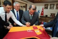 EYÜP BELEDİYESİ - Galatasaray Başkanı Özbek'ten Başkan Aydın'a Ziyaret