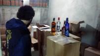 KAÇAK İÇKİ - Gaziosmanpaşa'da Tuvalet Hortumuyla Doldurulan 1 Milyon TL'lik Kaçak İçki Ele Geçildi