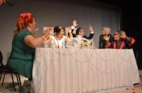 NİKAH TÖRENİ - Kuşadası'nda İki Tiyatrosu Sahnede Evlendi