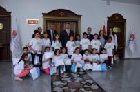 'Lider Çocuk Tarım Kampı' Öğrencilerinin Sertifika Heyecanı