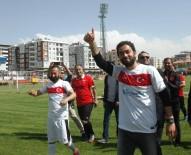 SES SANATÇISI - Milli Sporcu Selçuk İnan Ve Sanatçı Murat Kekilli Van'da