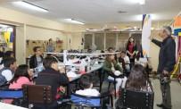 ÇOCUK ÜNİVERSİTESİ - Model Uçaklar Minik Öğrencilere Anlatıldı