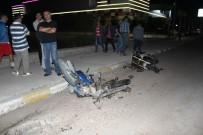 Motosikletler Birbirine Girdi Açıklaması 2 Ölü, 1 Yaralı