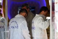 POMPALI TÜFEK - Peçeli Soygun Girişimi Kanlı Bitti Açıklaması 1 Ölü, 2 Yaralı