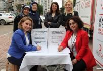 ÇOCUK HASTALIKLARI - Sağlıkçılardan Türk Kızılayı'nın 'Kadın Hayata Kan Verir' Projesine Destek