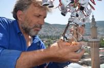 TAŞERON FİRMA - Tarihi Ulucami'ye Mahyalar Asılıyor