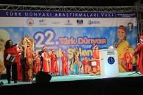 KUZEY KıBRıS TÜRK CUMHURIYETI - Türk Dünyasının Çocukları 'Barış' Dedi