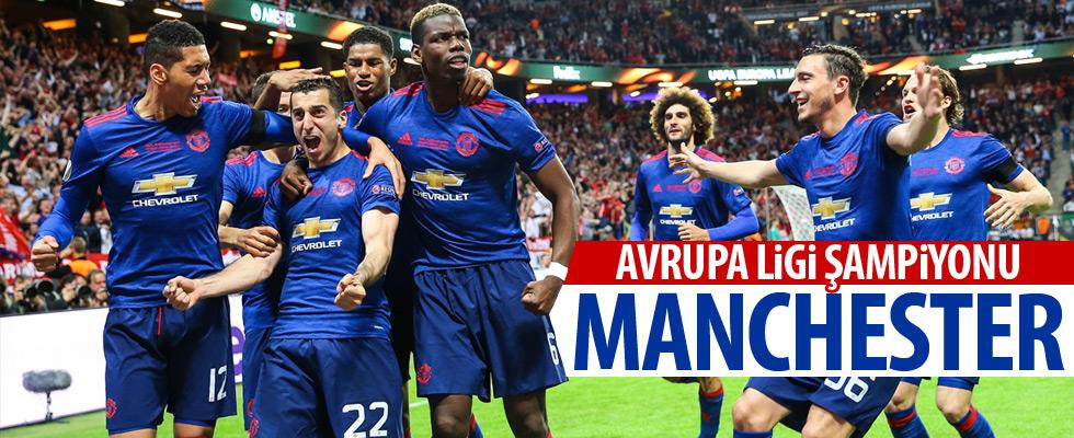 Manchester United kupaya uzandı