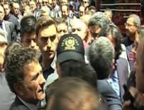 PROTESTO - Ankara'da CHP'li vekilden polise FETÖ suçlaması