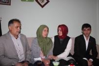 Bakan Sayan'dan Şehit Ailelerine Ziyaret
