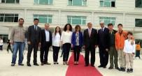 TÜRKÇE ÖĞRETMENI - Başkan Karaosmanoğlu, Doğa Koleji'ni Ziyaret Etti
