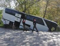 YOLCU OTOBÜSÜ - Bolu'da otobüs dere yatağına düştü: 7 yaralı