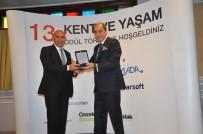 ÖDÜL TÖRENİ - En Başarılı Yerel Yönetim Ödülü Başkan Soyer'e