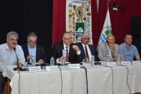 MEHMET GÜNDOĞDU - Foça'da, Balıkçılık Ve Sorunları Masaya Yatırıldı