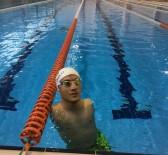 TOKYO - Hayata Yüzerek Sarıldı