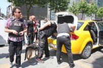 İSTANBUL EMNİYET MÜDÜRLÜĞÜ - İstanbul Polisinden 25 İlçede Ticari Taksilere Dev Uygulama