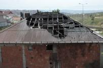 UYUŞTURUCU - Metruk Binanın Çatısı Alev Alev Yandı