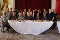 GÖKHAN KARAÇOBAN - Öğrenciler Başkan Karaçoban'ı Kahvaltıda Ağırladı