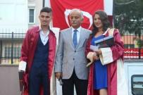 SINIF ÖĞRETMENİ - Öğrenciler Diplomalarını Başkan Karabağ'dan Aldı