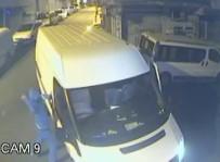 OKMEYDANı - Bıçaklı Hırsızlar Market Sahibine Saldırdıktan Sonra Dükkanı Böyle Soydu
