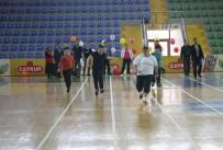 BEDENSEL ENGELLİ - Özel Sporcular Atletizm Şenliğinde Buluştu