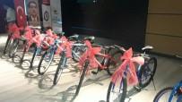 EĞITIM BIR SEN - Rize Eğitim Bir-Sen'den 53 Öğrenciye Bisiklet