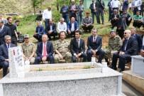 Şehit Polis Mezarı Başında Anıldı