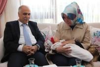 ERDOĞAN TURAN ERMİŞ - Tendürek Şehidinin Bebeği Oldu
