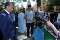 CEMAL ŞAHIN - Uluslararası Yarışmalarda Dereceye Giren Robotlarını Tanıttılar
