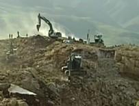 PKK'lı teröristler iş makineleriyle aranıyor