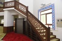 Akşemseddin Camii Yeni Yüzüyle İbadete Açıldı